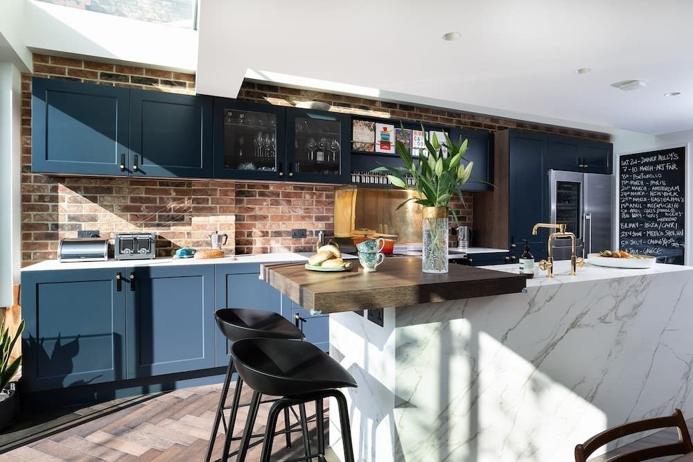 Blue classic kitchen with stone island | Kitchen Revolutions