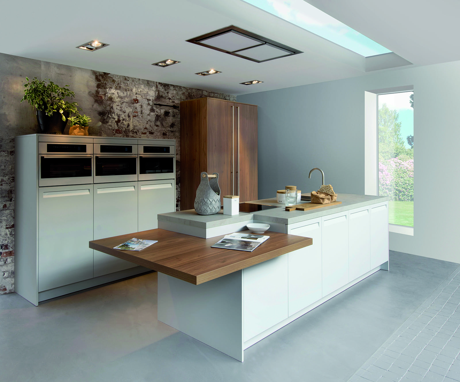 Rotpunkt Gloss White and Wood Integrated Handle Kitchen | Qudaus Living