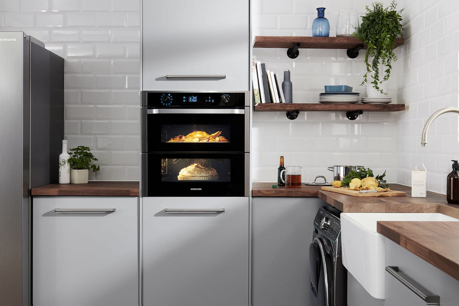 Samsung Built In Oven | Right Choice Kitchens, South Wales